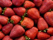 Foo3035-red-strawberries-fruit.jpg