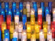 Msc3015-blue-white-yellow-red-candles.jpg